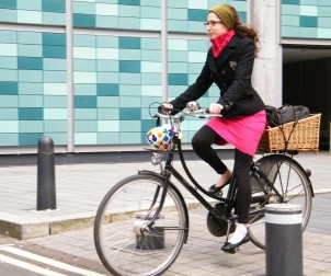 Lorenza cycling in Manchester city centre