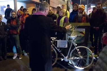 05-Artur-Piotr-Ruszel-Vigil-Father-Tim-Byron-Blessing-Ghost-Bike-Manchester